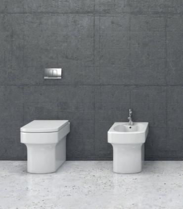 coppia sanitari filomuro scarico a terra o parete in ceramica vaso e bidet coprinesivi di copriwater avvolgente soft close